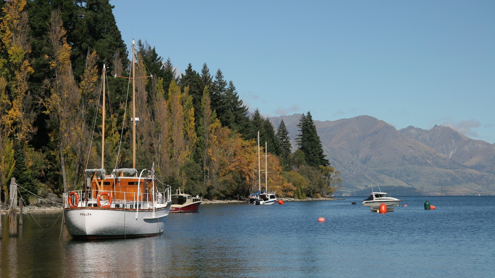 queenstown boats