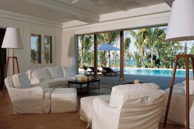 parrot cay 6