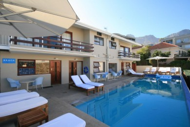 CAMPS BAY RESORT3