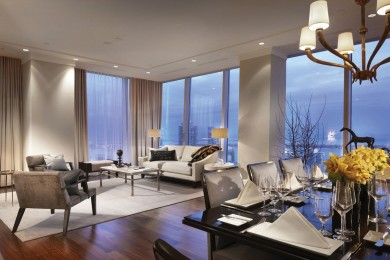 THE RITZ-CARLTON TORONTO126