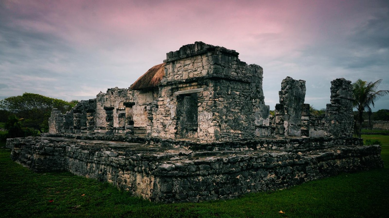 The ancient mayan city ruins, Tulum